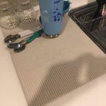 珪藻土キッチンマット『ドライングプレート』で衛生的でスマートな水切りができておすすめ!