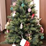 今年もPLASTIFLOR社のクリスマスツリーに飾り付けしてみました